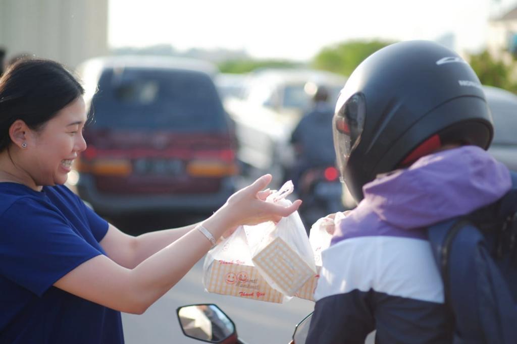 Ramadan-Charity-3